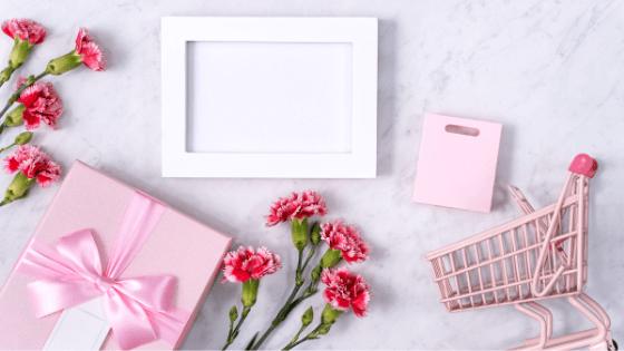 bij Pluche - De betekenis van roze- zorgzaam en vrouwelijk